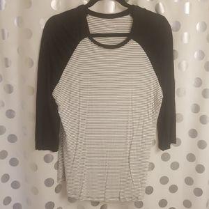 Maurices Raglan Henley Shirt Large